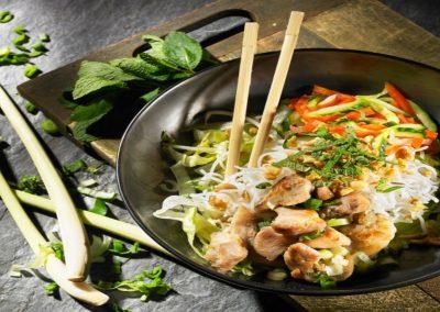 noodle salad banh mi express