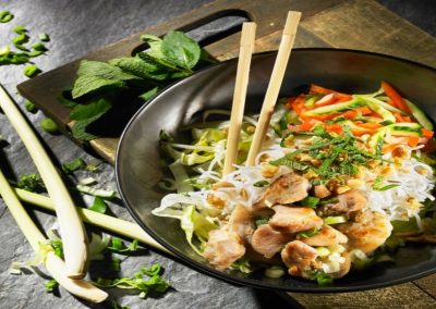noodlesalad-banh-mi-express